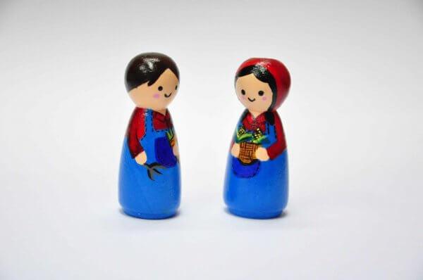Farmer Family Peg Dolls by Malaysia Toys