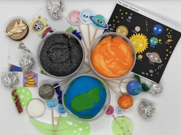 Space Playdough Kit by Malaysia Toys