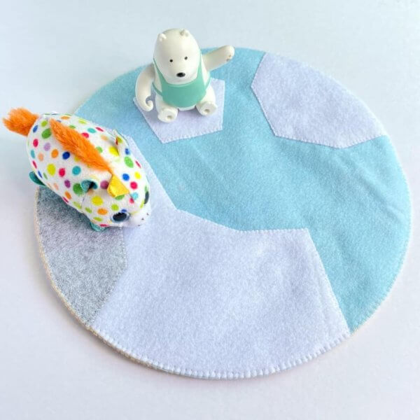 Arctic Themed Play Mat by Malaysia Toys