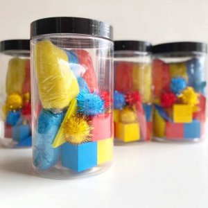 Artist Primary Colours Playdough Jars (Set of 4) by Malaysia Toys