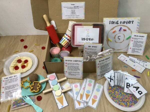 Let's Party Busy Activity Box by Malaysia Toys Contents