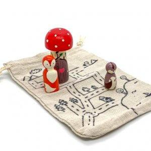 Bring Along Woodlands Peg Dolls Set by Malaysia Toys
