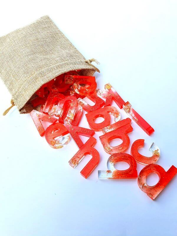 Resin Alphabets and Numbers by Malaysia Toys - Glitter Red