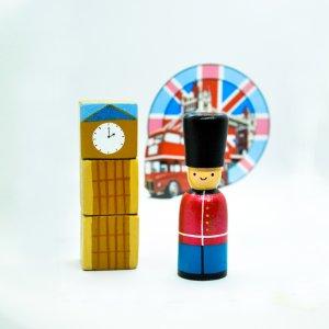 Royal Guard Peg Dolls by Malaysia Toys